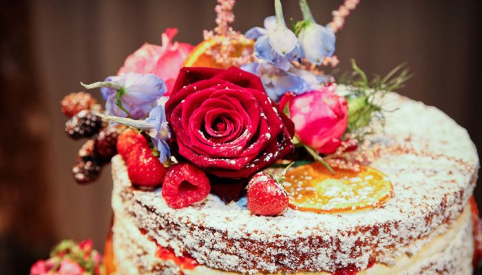 Tips to follow when ordering a cake online