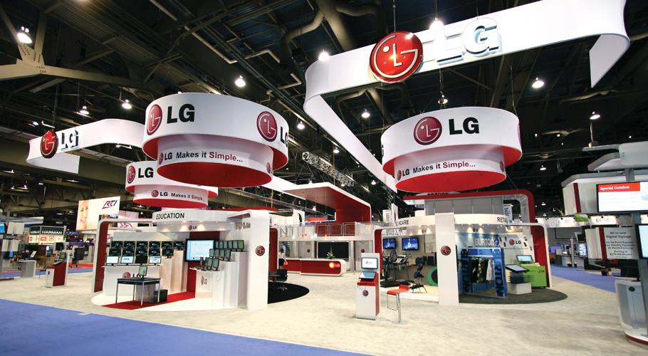 Standard VS custom exhibition stands